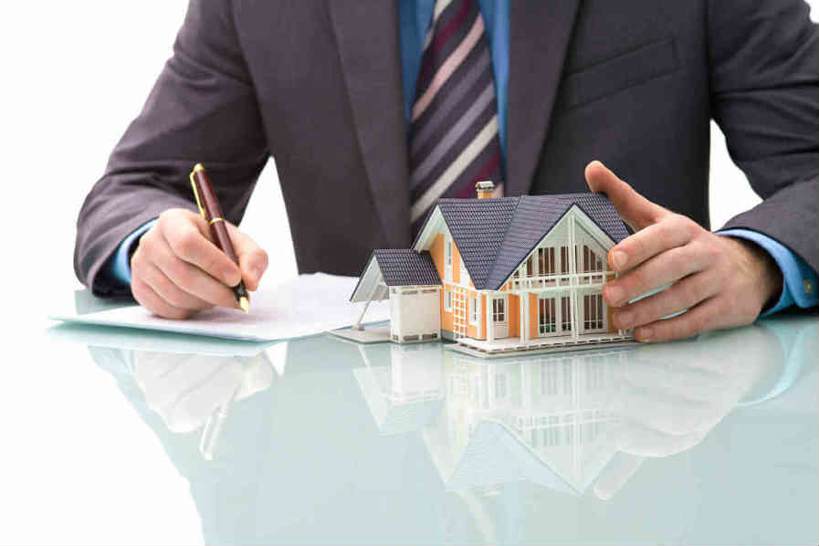 3 Reasons For NRIs To Invest In Indian Real Estate